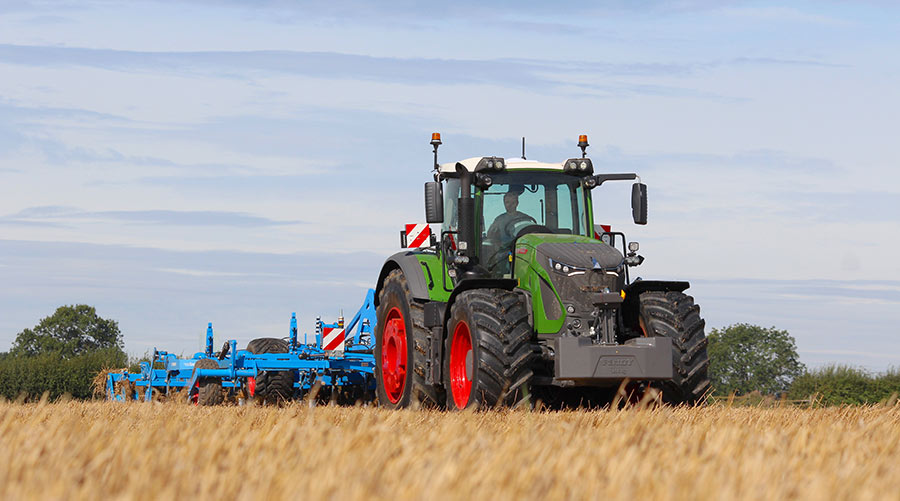 Video First Drive Fendt S 415hp 942 Vario Farmers Weekly