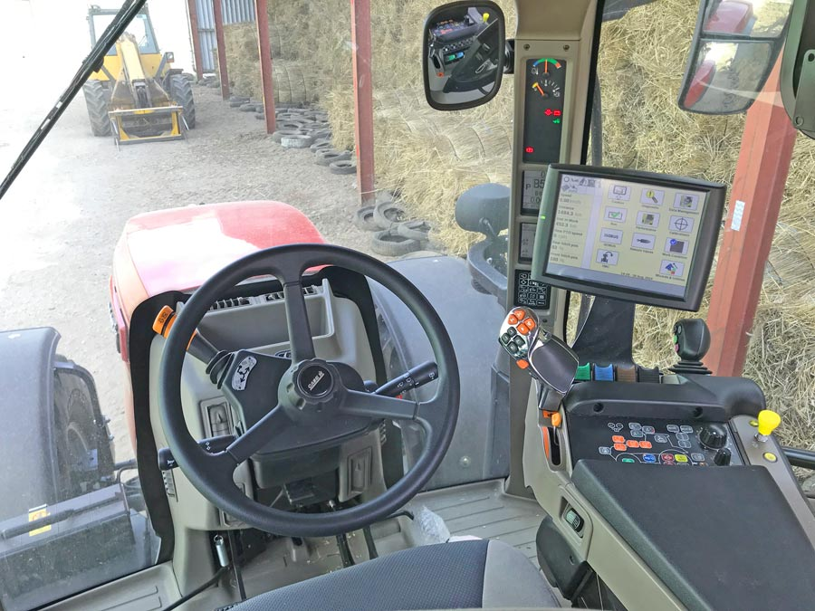 Cab in the Maxxum