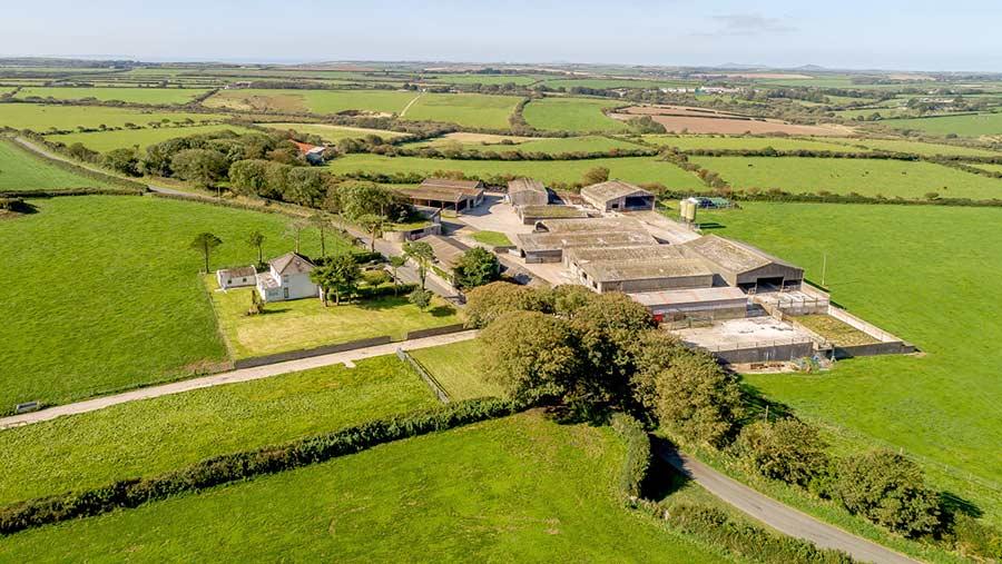 Barnards Hill Farm