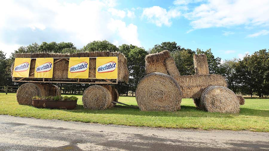 The winning bale tractor
