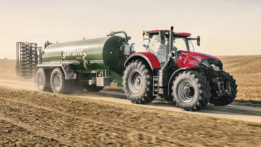 Novotel Case tractor