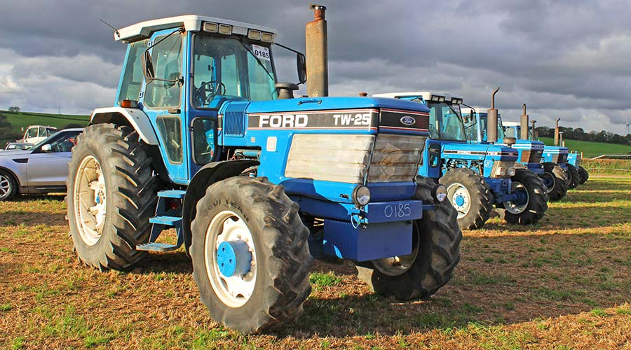 Ford TW25 and 7810 at auction