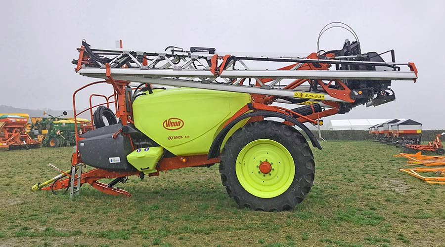 Vicon IXTrack B36 at auction