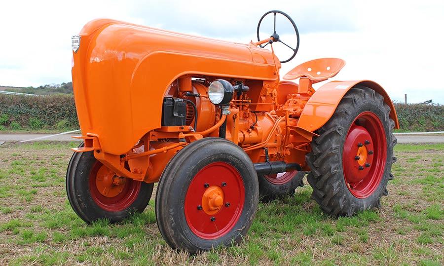 Porsche AP22 Vinyard tractor at auction