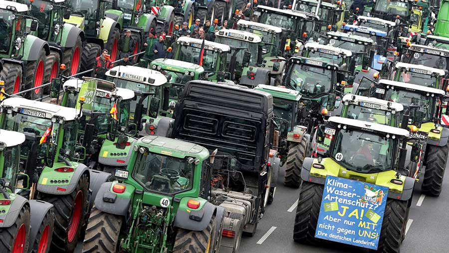 Rows of tractors at Berlin protest