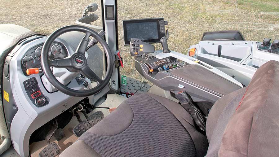 Valtra T174EV cab