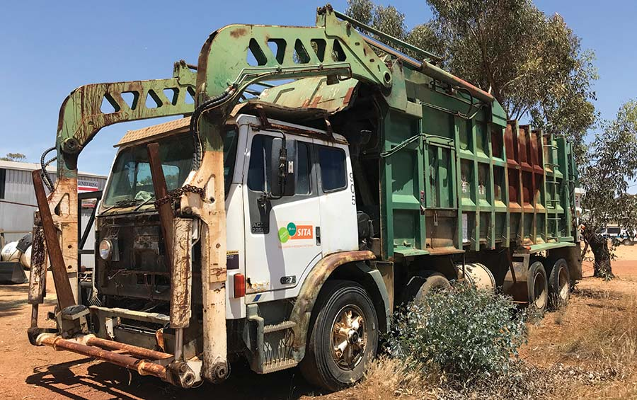 Old bin lorry used to build bale chaser