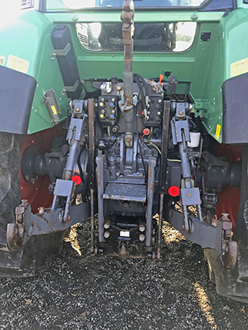 Fendt 700 series linkage