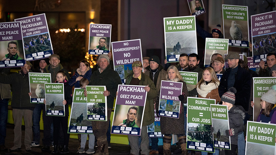 Rural workers in Perthshire stage a peaceful protest against Chris Packham © Graeme Heart/Perthshire Picture Agency