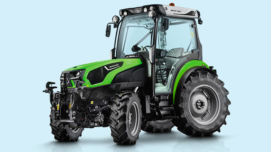 Deutz-Fahr goes high-tech for the fruit-growing sector with the 5DS TTV range featuring CVT drive and a four-wheel steering option