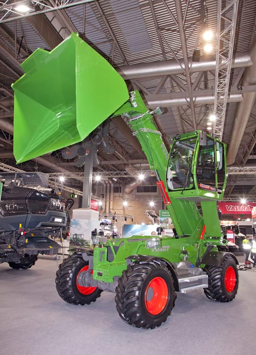 Fendt tele-cab loader