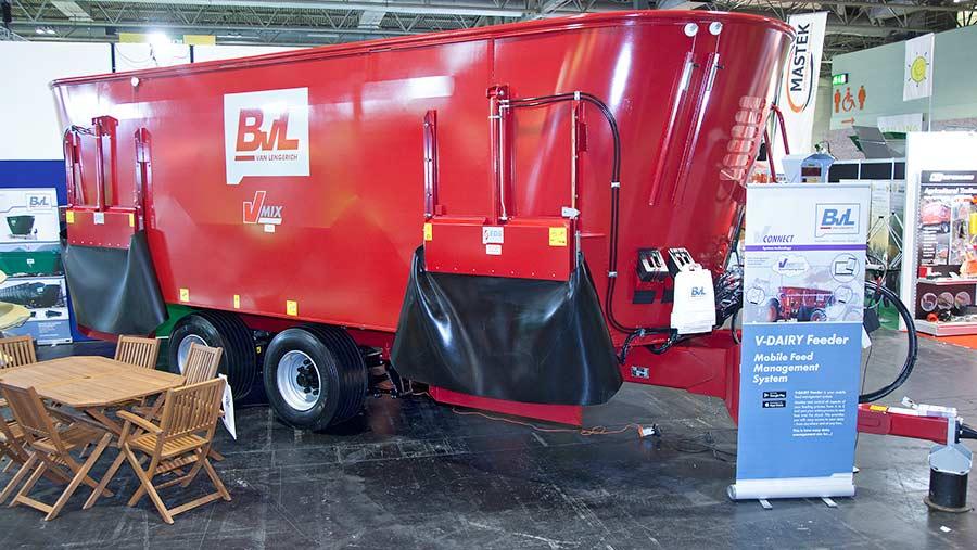 BvL mixer wagon