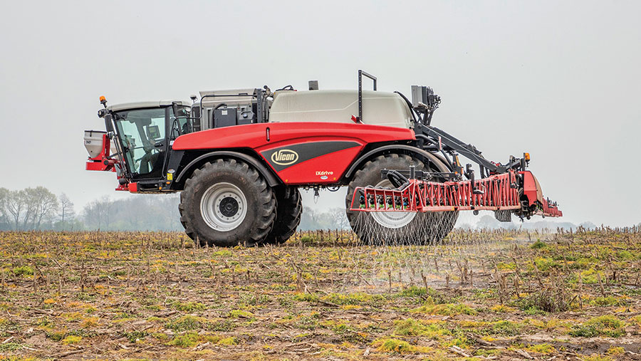 Vicon iXdrive 8973 F self-propelled sprayer