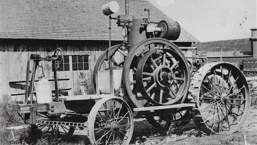 Froelich historic tractor