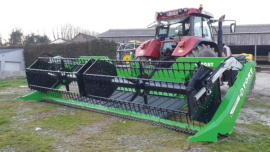 Le Roch tractor-mounted swather
