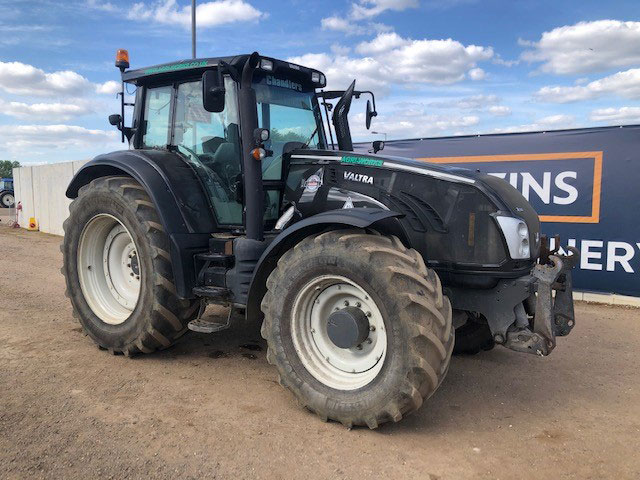 Valtra tractor at auction