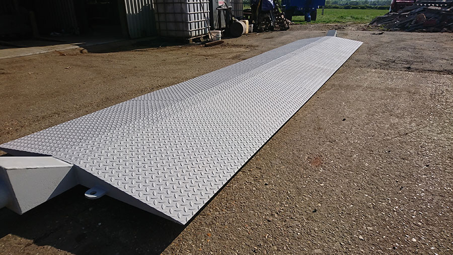 Irrigation ramp
