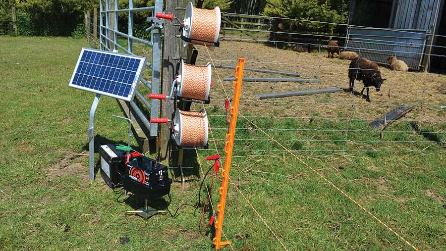 Hotline Falcon solar panel