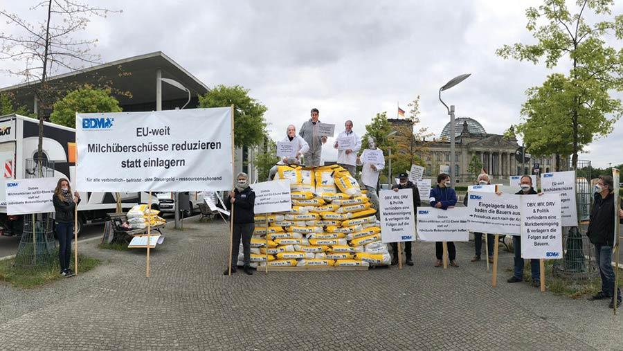 German milk producers protest