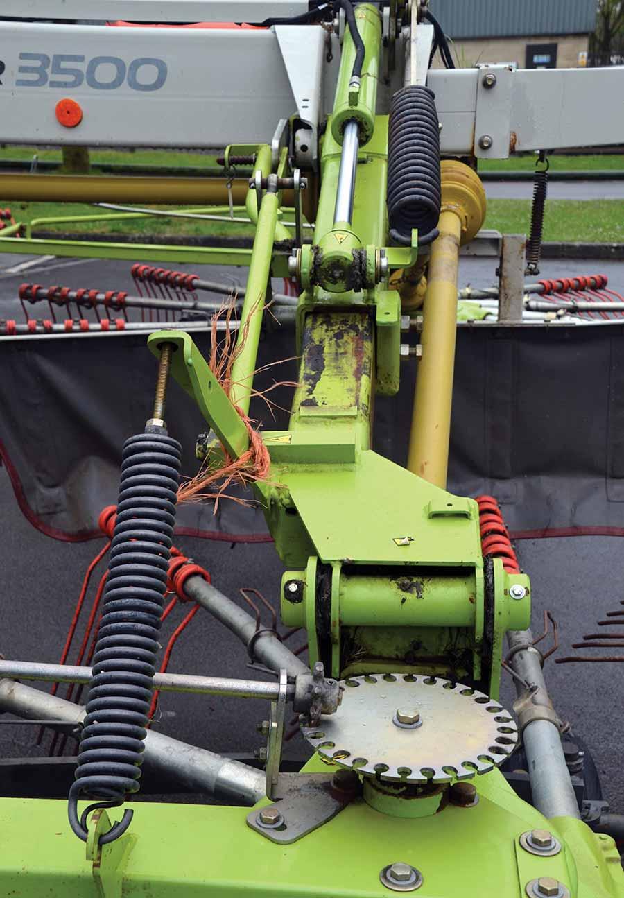 Rotor height adjuster