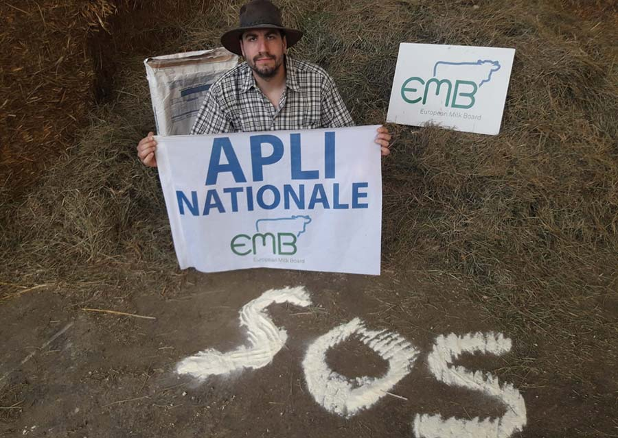 French milk producers protest