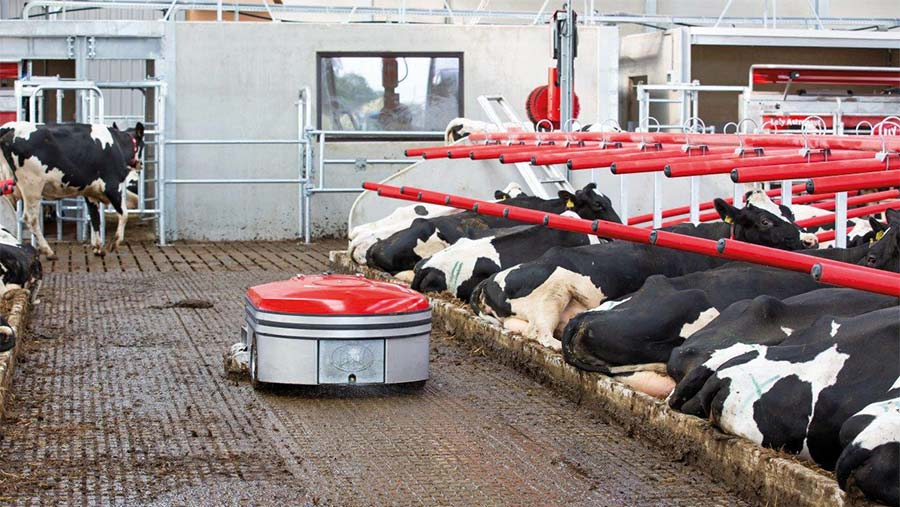 The Lely Discovery Collector 120