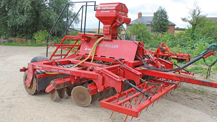 He-Va Disc Roller cover crop drill