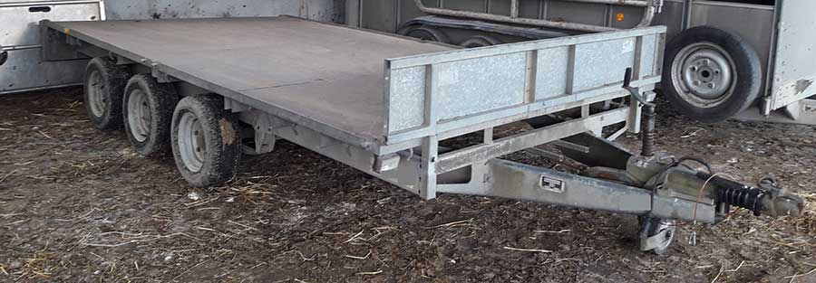 The missing flatbed trailer
