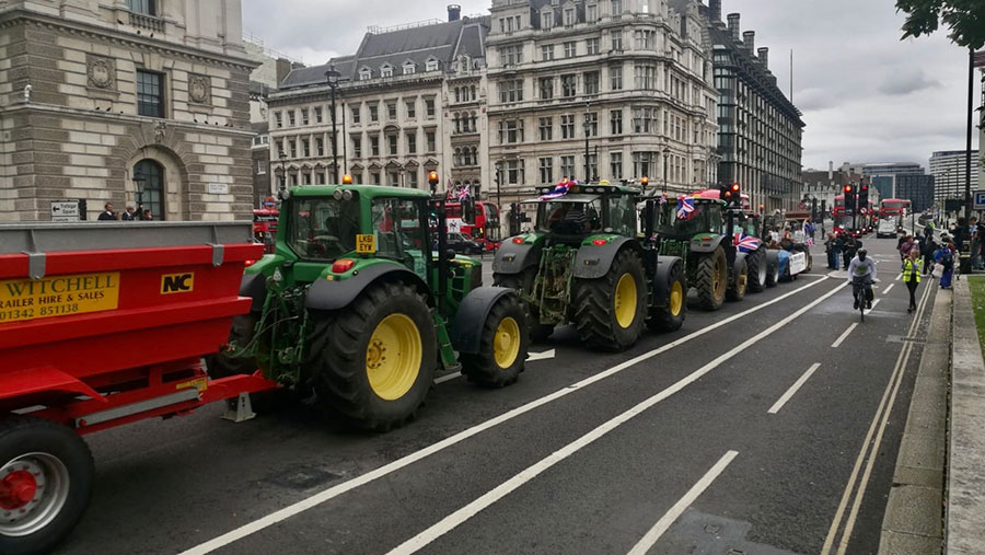 Tractors in London as part of food standards demo