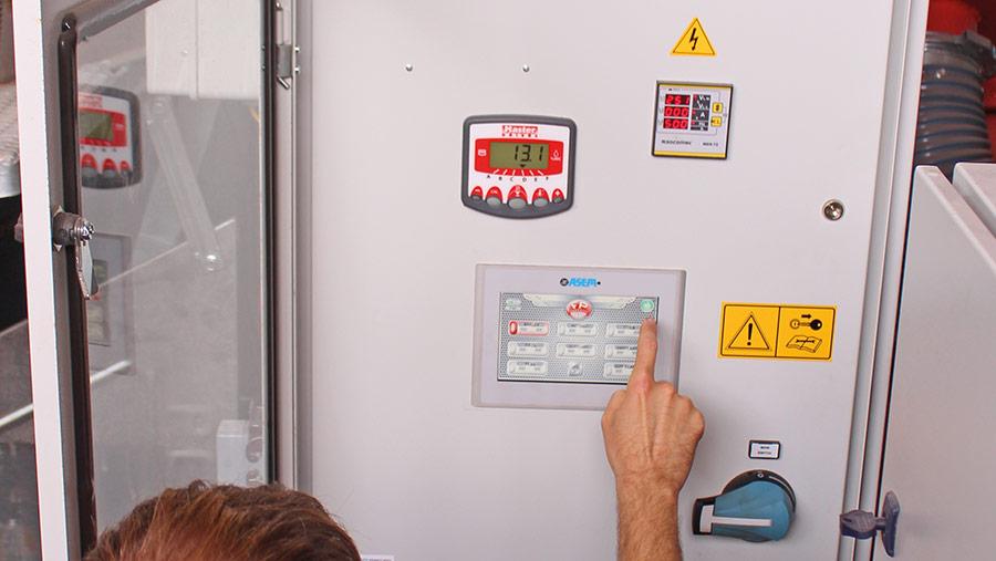 The control panel © Oli Mark