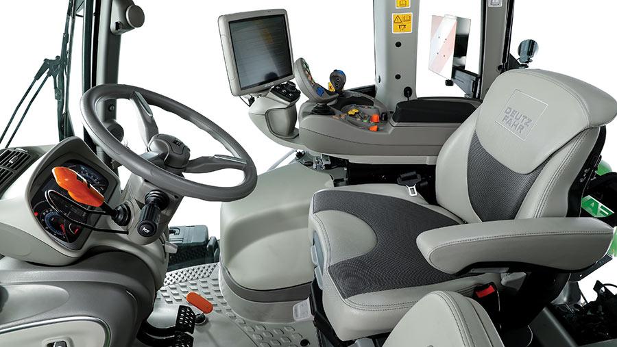 Deutz-Fahr 8280 TTV cab