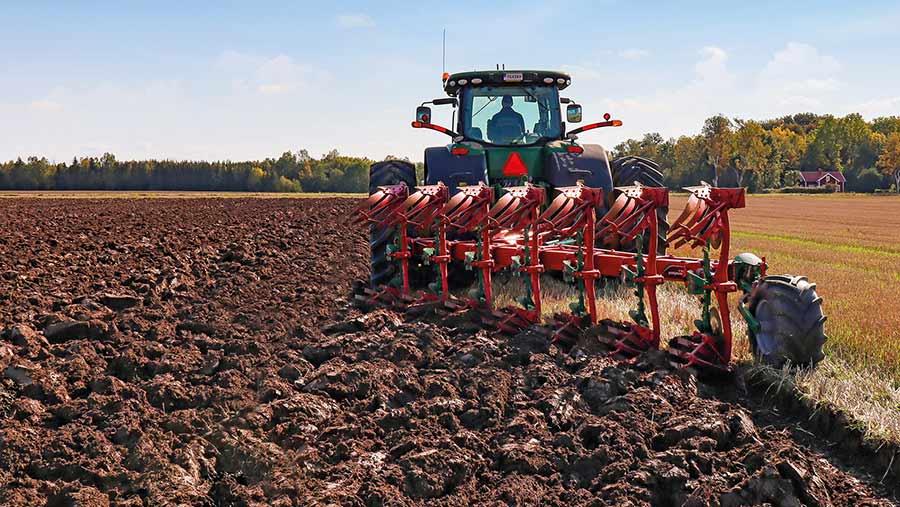 Kverneland Max LO mounted plough