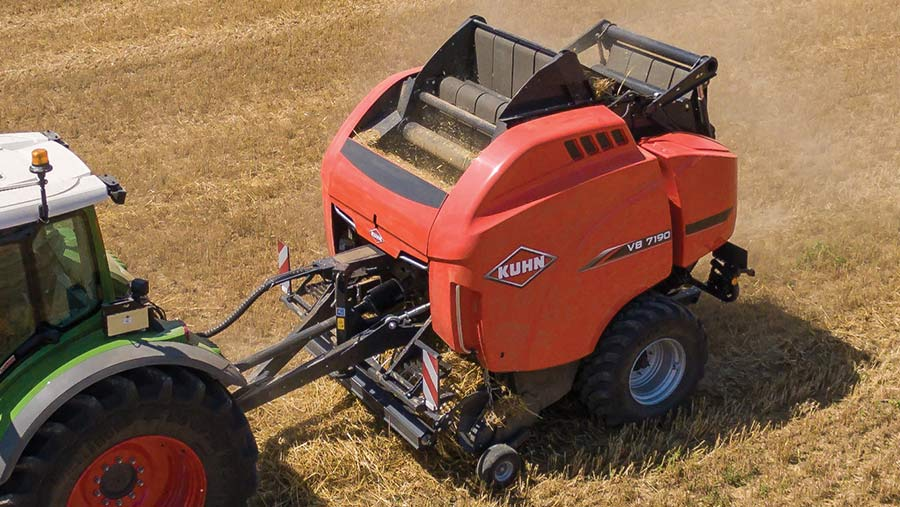 Kuhn VB 7100-series baler in field