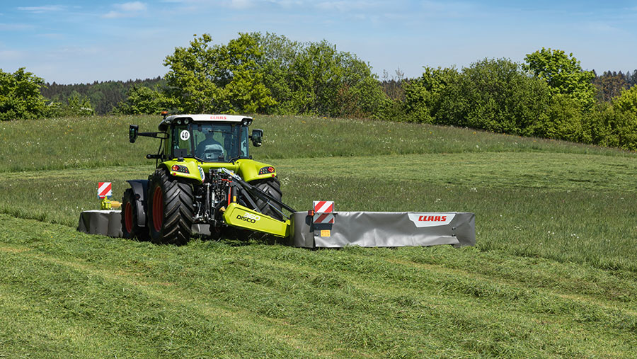 Claas Disco at work