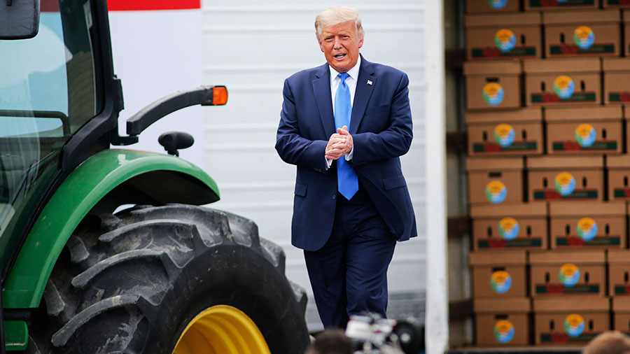 Election 2020 Donald Trump at Flavor First Growers and Packers in Mills River, North Carolina © Nell Redmond/AP/Shutterstock
