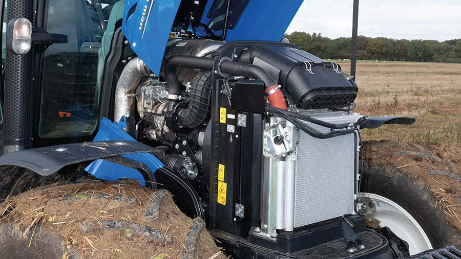 New Holland T5.140 DCT engine