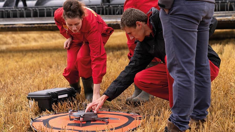 Farmers Apprentice 2020: drone operating
