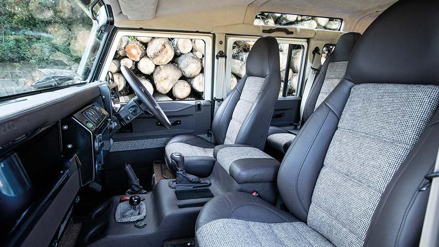 Arkonik Land Rover interior