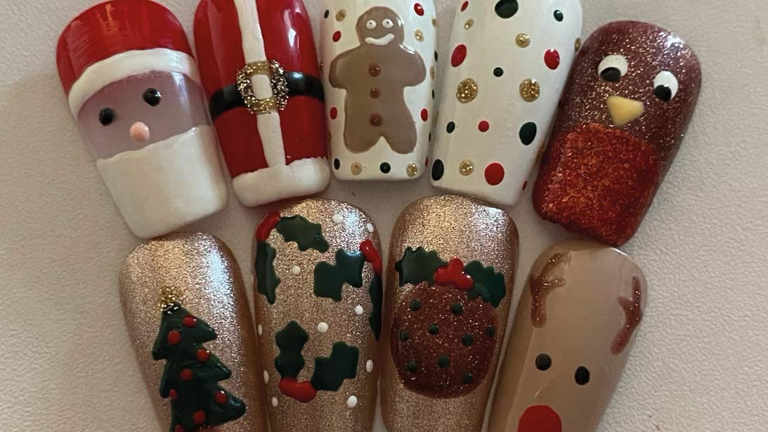 Christmas stick-on nails
