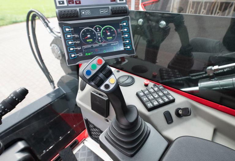 Trioliet Triotrac-M mixer wagon cab