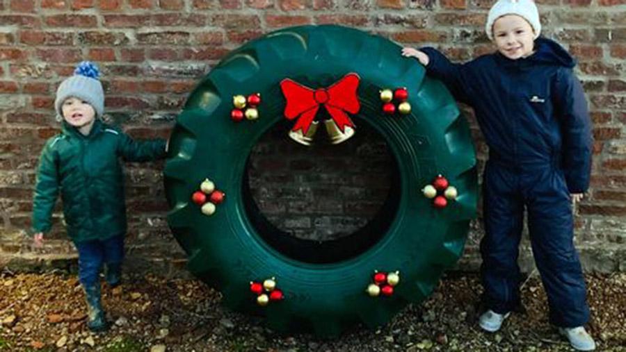 Christmas wreath tyre