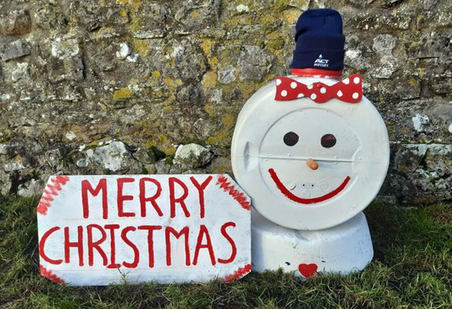 Richard Paul christmas farm sign
