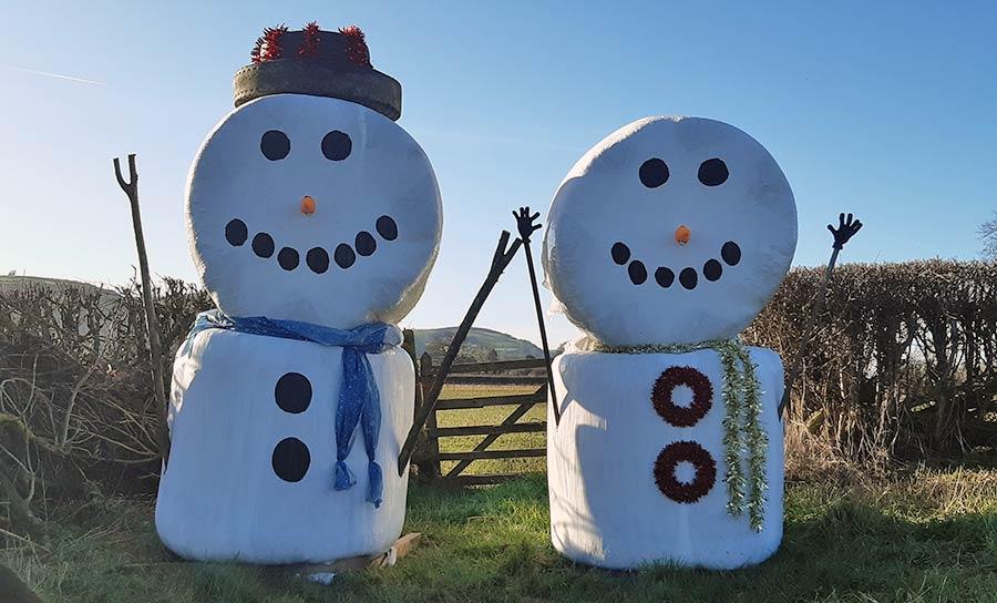 Kerry Rogers snowman bale art