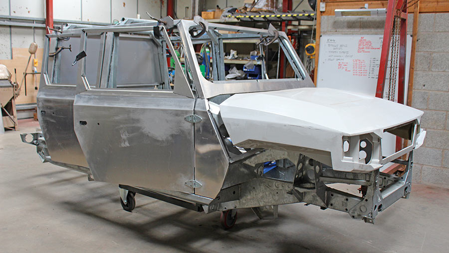Ibex bodyshell for ATAE Munro 4x4