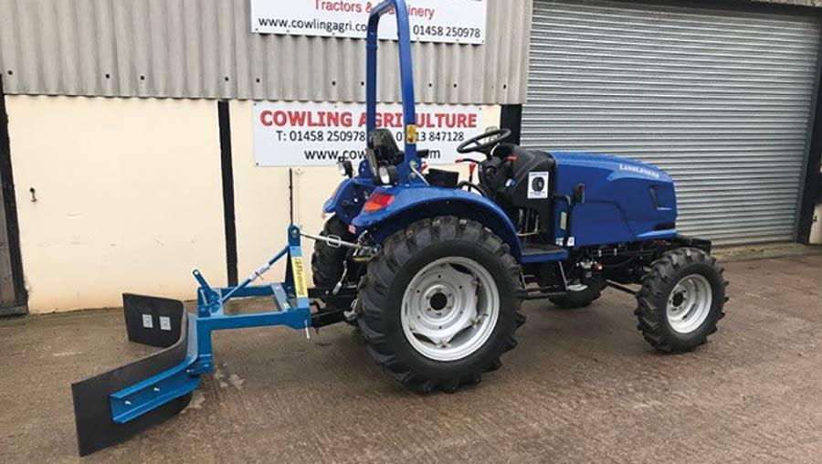 LandLegend scraper tractor