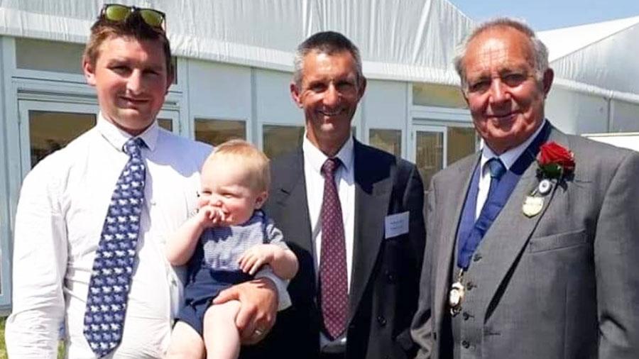 Four generations of the Darke family (Matt Darke with Jack, Richard and Edward) © Matt Darke