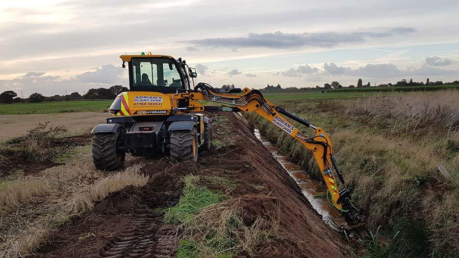 JCB-Hydradig at work in field