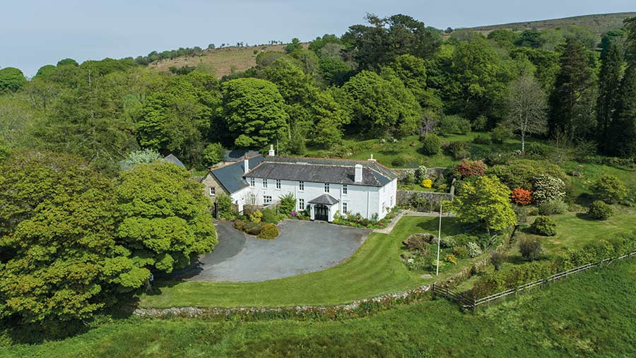 Leighon Estate