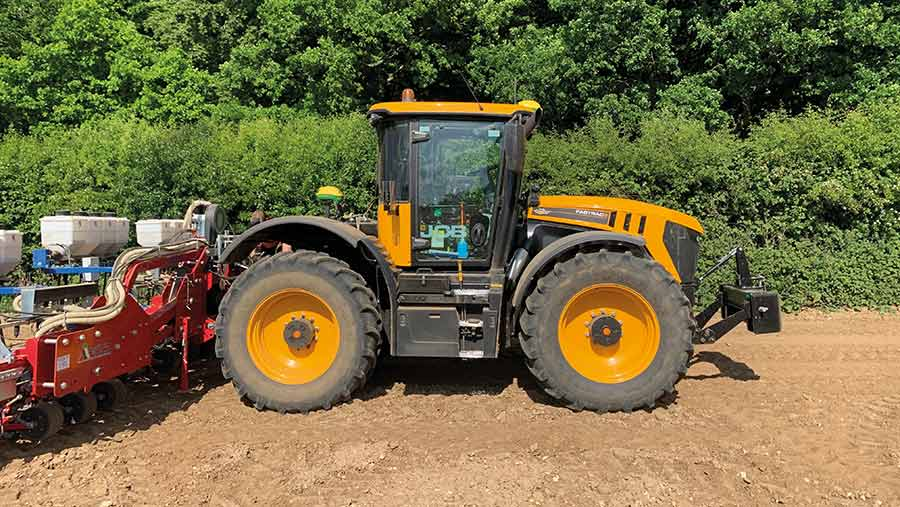 Side view of JCB Fastrac