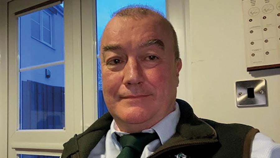 Headshot of Mark Yearsley